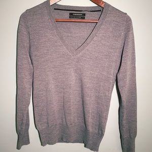 Club Monaco 100% merino wool v-neck sweater